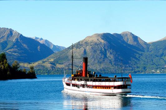 新西兰南岛旅游-厄恩斯劳号 百年蒸汽船- 皇后镇旅游景点推荐 (Steamship TSS)