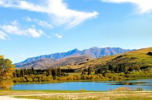 新西兰南岛米佛峡湾观光飞机-邂逅游船-观光飞机