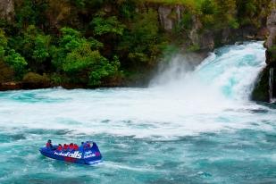 新西兰北岛-胡卡喷射汽船(Huka Jet Boat)