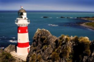 新西兰北岛-帕利斯尔角灯塔(Cape Palliser lighthouse)