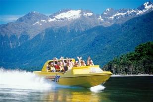 新西兰南岛-蒂阿瑙喷射快艇(Jet Boat-Thrill Only)