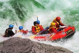 新西兰南岛-塔斯曼橡皮艇(Ultimate Descents Rafting)