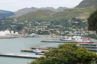 新西兰南岛-利特尔顿港(Lyttelton Harbour)